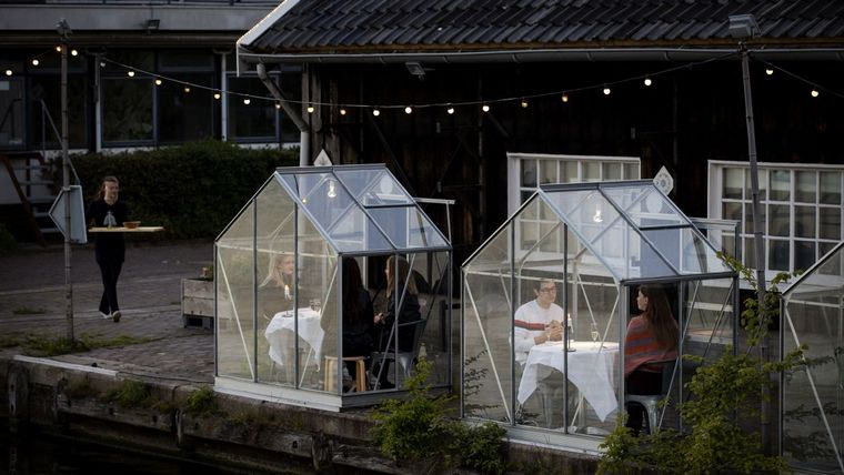 Amsterdam restaurant houses greenhouse