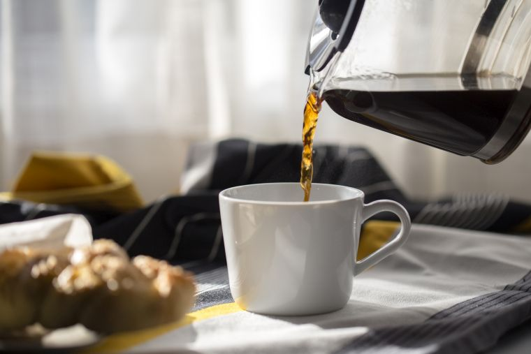 drink coffee in the morning