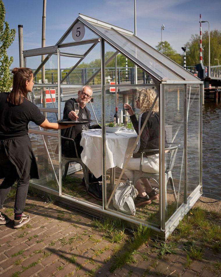 Amsterdam restaurant orders coronavirus