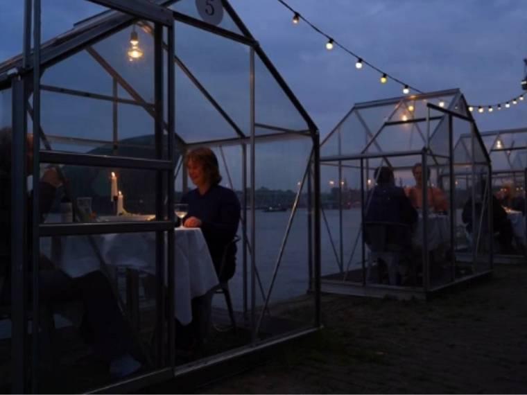 dinner distance restaurant Amsterdam