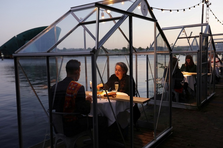 eat on the terrace Amsterdam