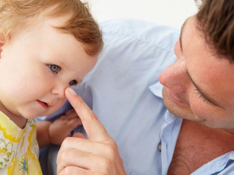rhinitis cuses in children