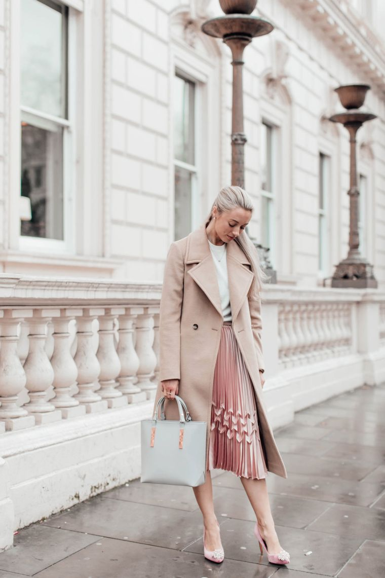 elegant look in beige