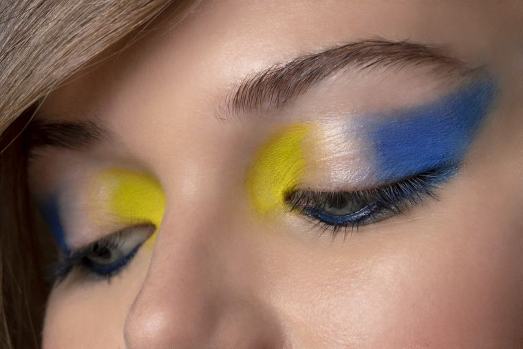 modern makeup in blue and yellow