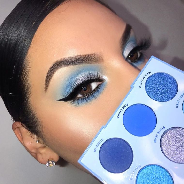 makeup in blue shades