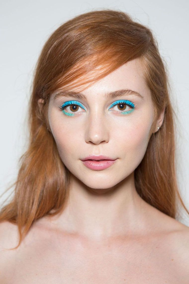 eye makeup with eye shadows