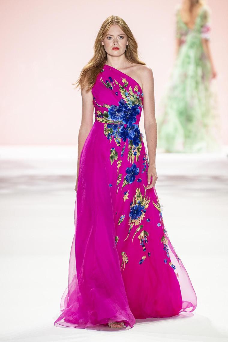 robe en rose fuchsia