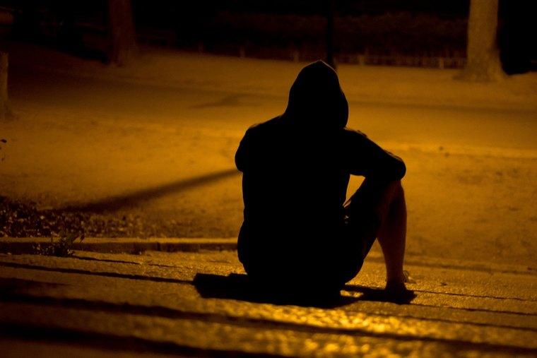 know how to speak listen to depressed people