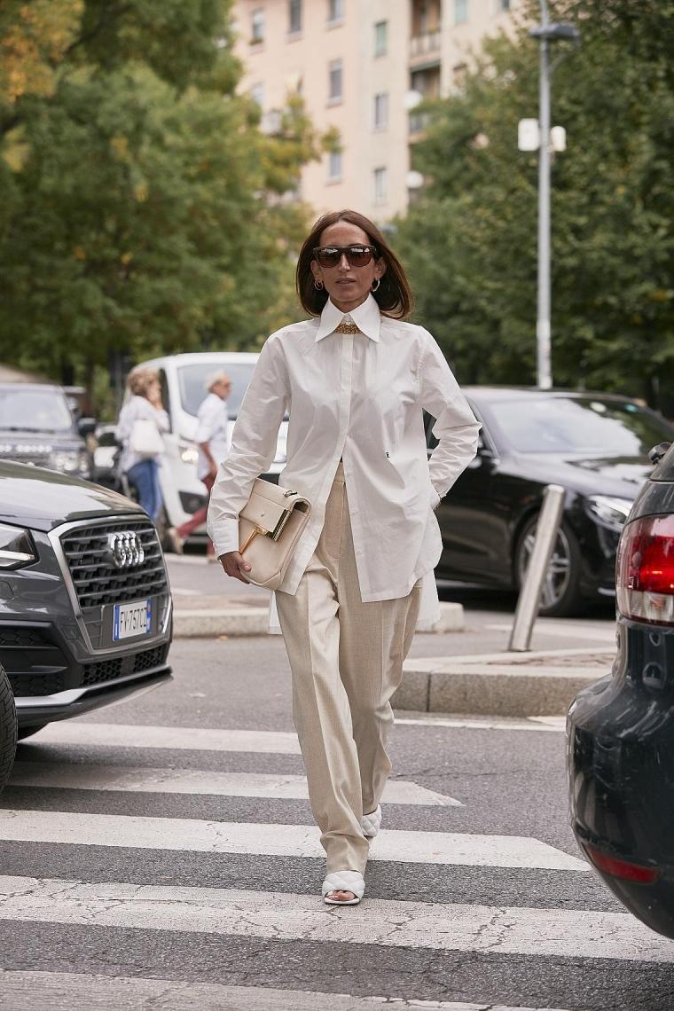 veste blanche et pantalon femme tenue style