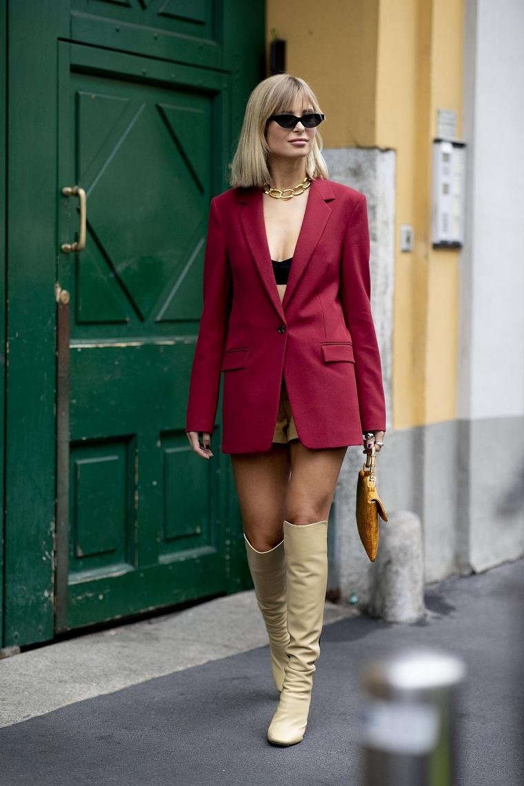 veste longue et rouge stylée