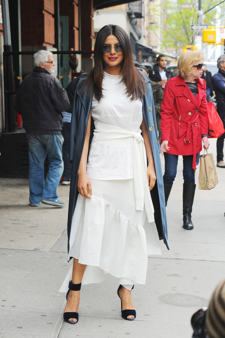 elegant outfit in white