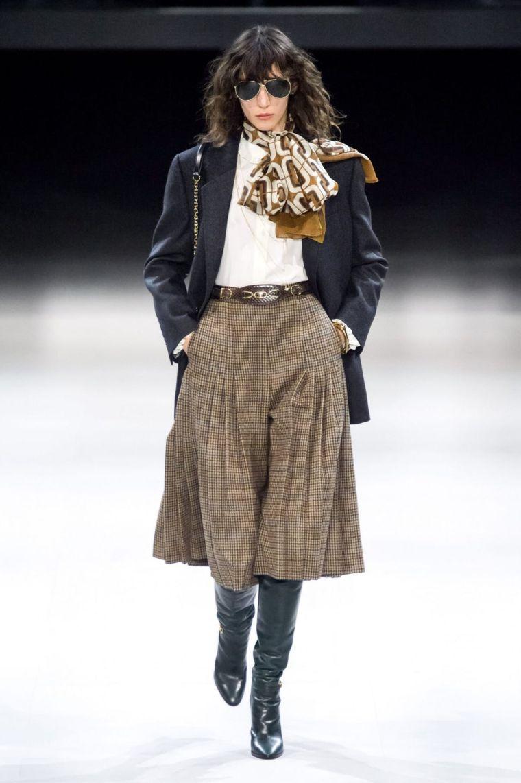 modern look idea with skirt