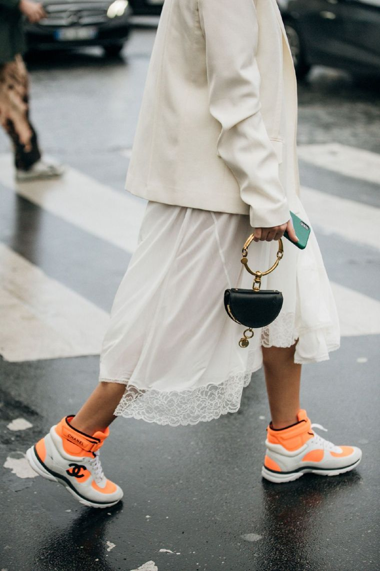 fall 2020 trends with white dress