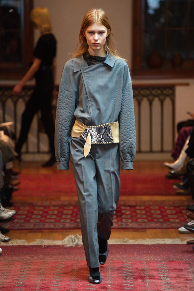 modern women outfits 2021