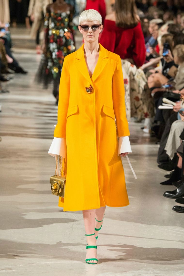 how to wear yellow this season