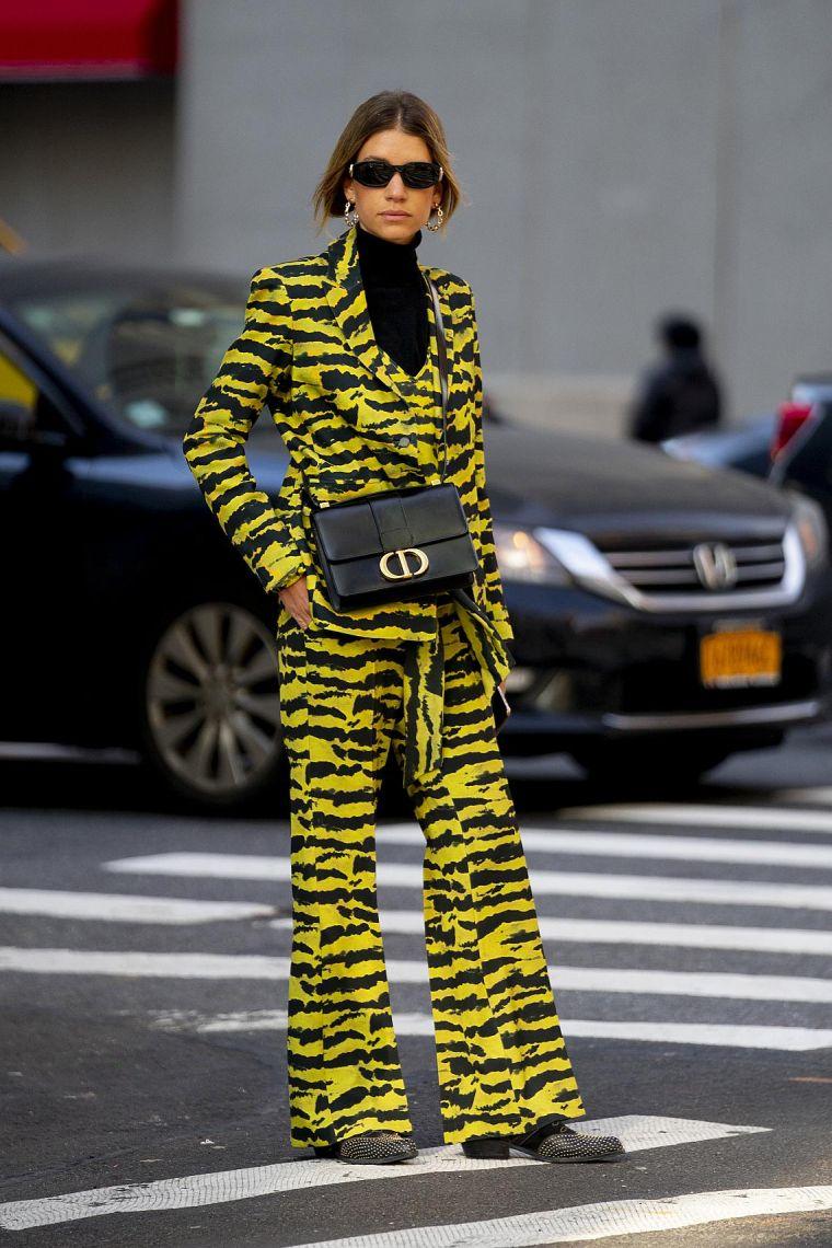 trendy woman look 2020