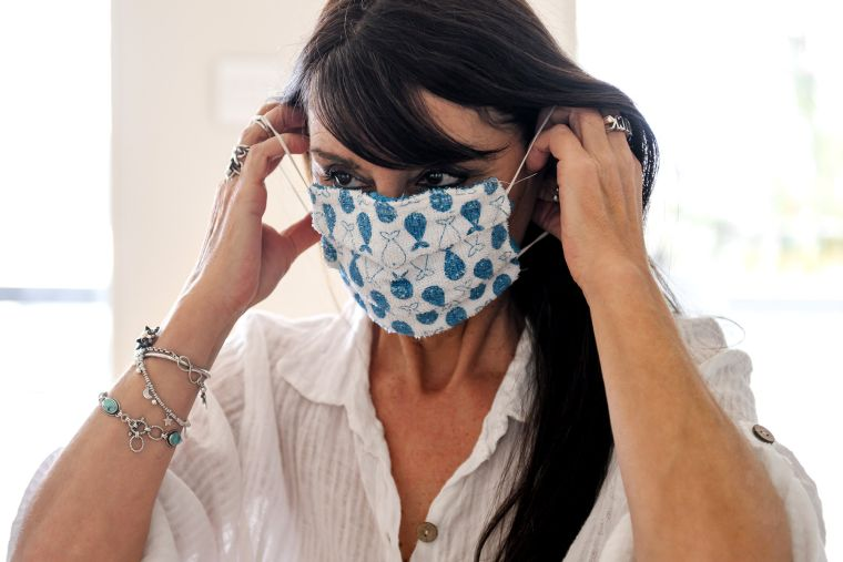 how to wear a coronavirus mask