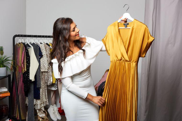 yellow dress woman 2020 2021