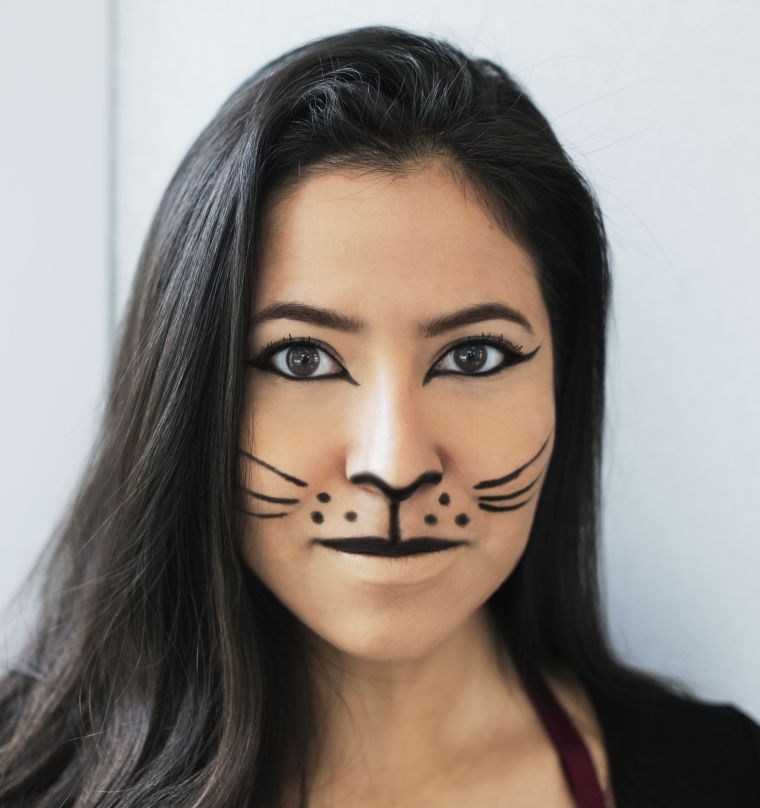 maquillage Halloween visage: chat noir de base