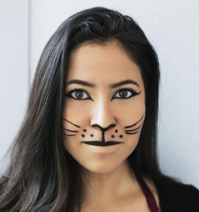 maquillage Halloween visage: chat noir de base