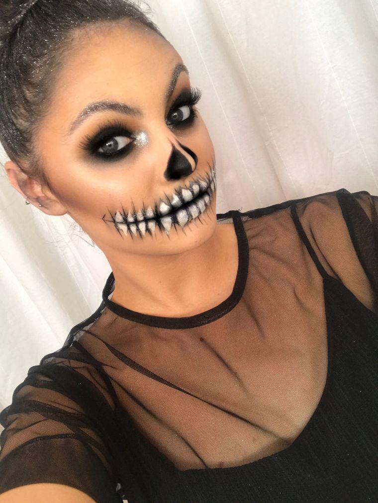 maquillage Halloween visage: squelette