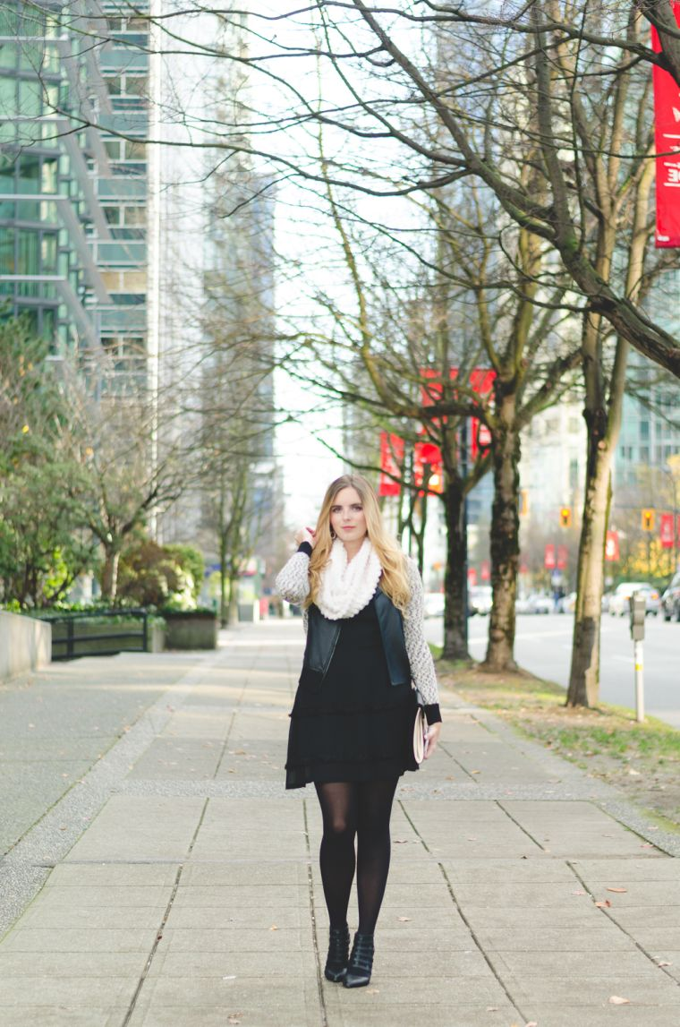 robe noire en combinaison avec du blanc