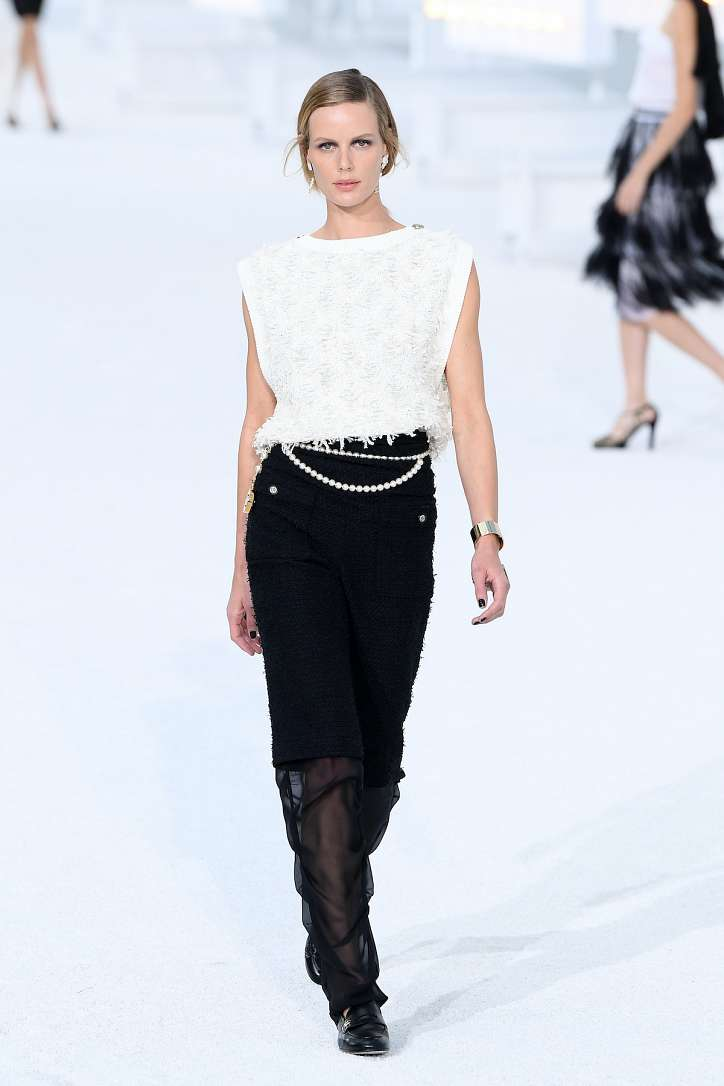 The best looks from the Chanel show spring-summer 2021 photo # 3