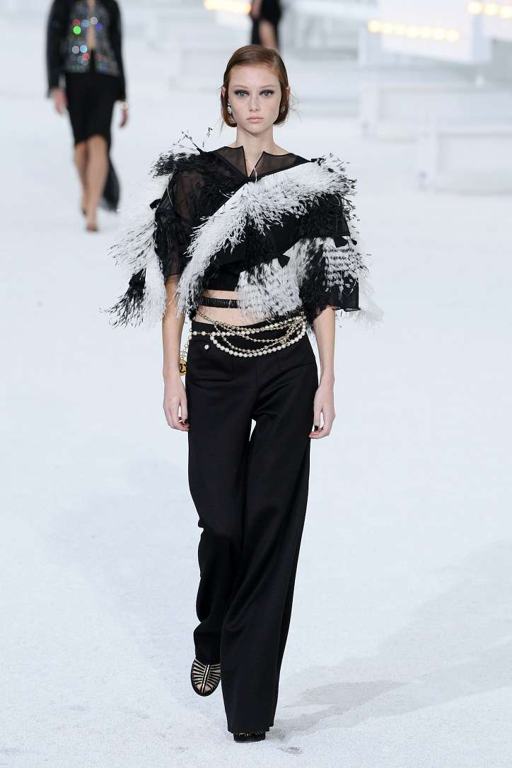 The best looks from the Chanel show spring-summer 2021 photo # 4