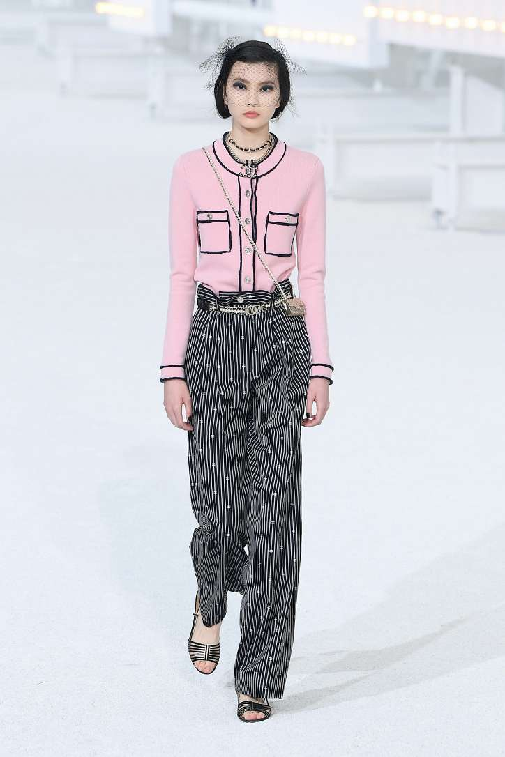 The best looks from the Chanel show spring-summer 2021 photo # 10