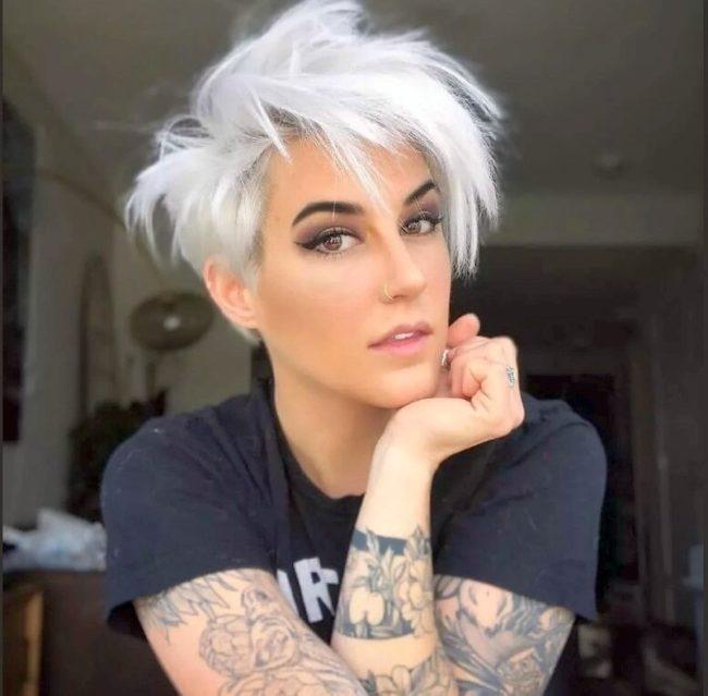 fashionable haircut for short hair