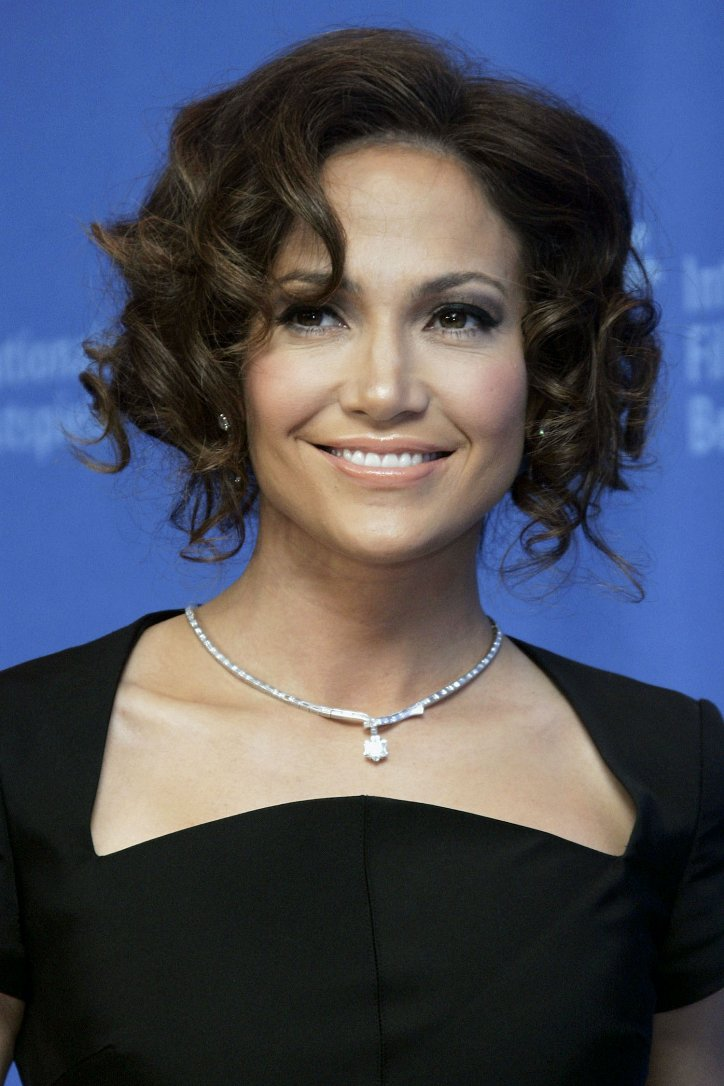 The evolution of Jennifer Lopez's hairstyle over the past 20 years photo # 3