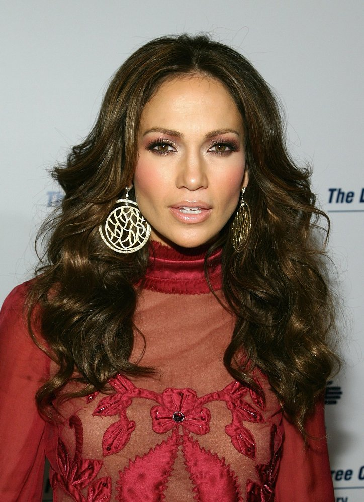 Jennifer Lopez's hairstyle evolution over the past 20 years photo # 5