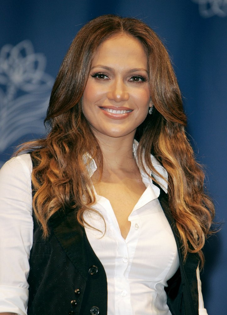 Jennifer Lopez's hairstyle evolution over the past 20 years photo # 9