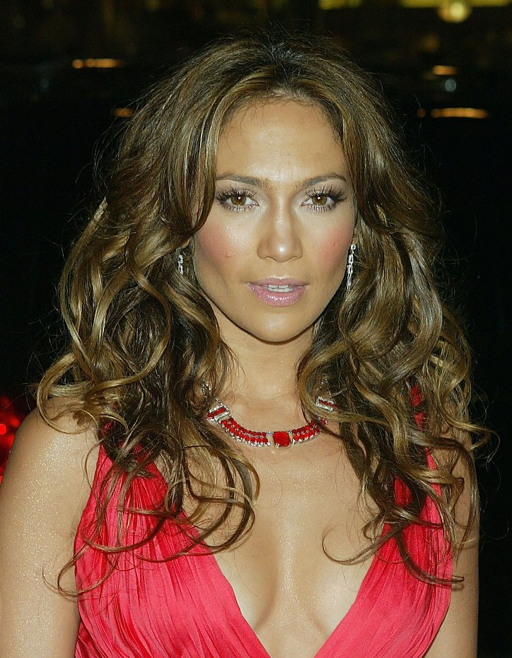 The evolution of Jennifer Lopez's hairstyle over the past 20 years photo # 12