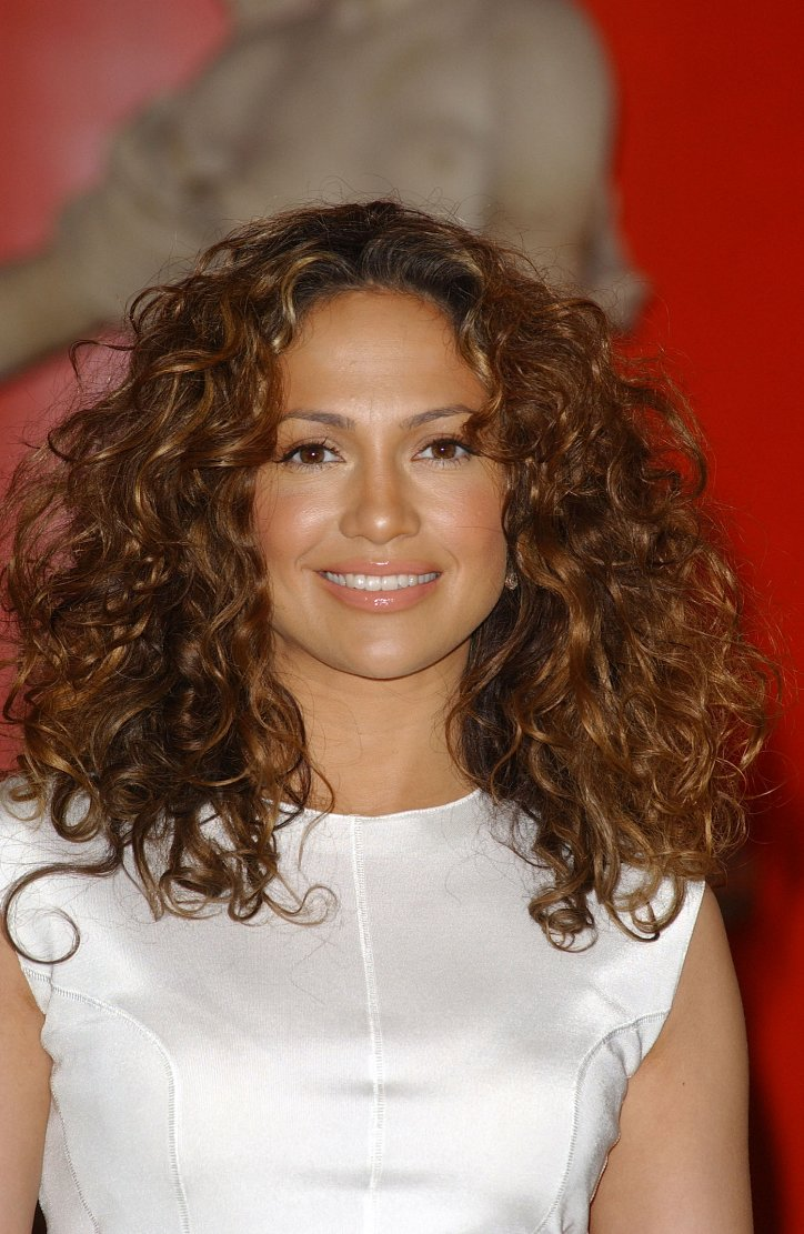 Jennifer Lopez's hairstyle evolution over the past 20 years photo # 11