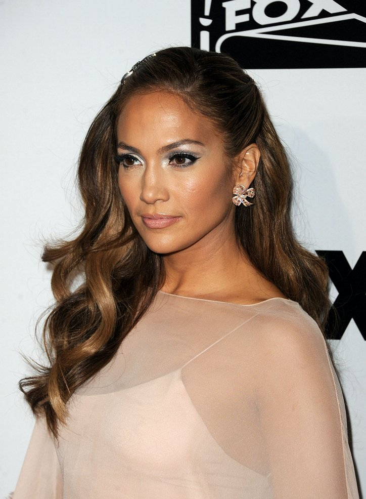 The evolution of Jennifer Lopez's hairstyle over the past 20 years photo # 16