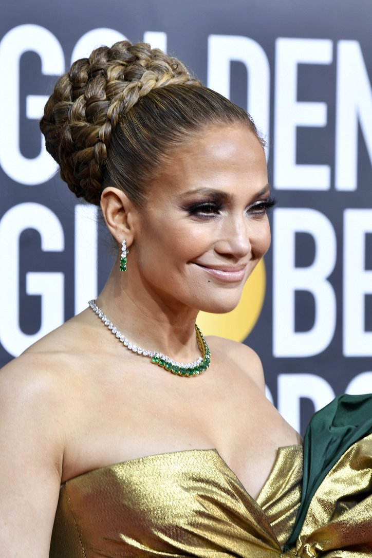 Jennifer Lopez hairstyle evolution over the past 20 years photo # 19