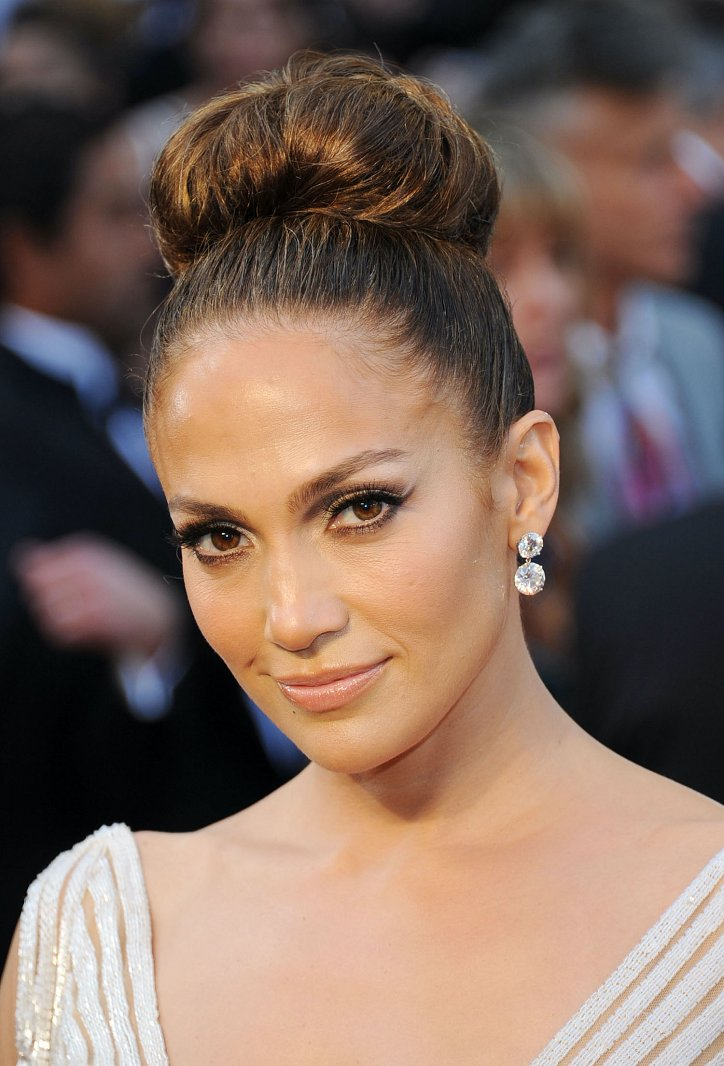 The evolution of Jennifer Lopez's hairstyle over the past 20 years photo # 20