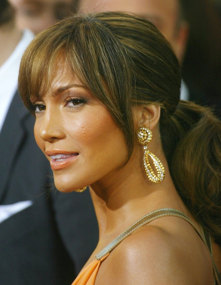 Jennifer Lopez hairstyle evolution over the past 20 years photo # 29