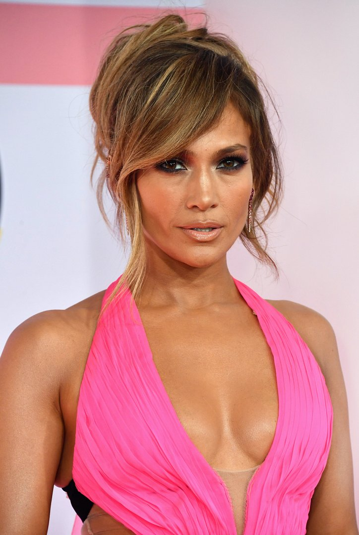 Jennifer Lopez hairstyle evolution over the past 20 years photo # 30