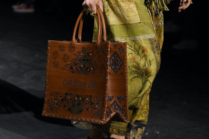 Fashion handbags spring-summer 2021 photo # 42