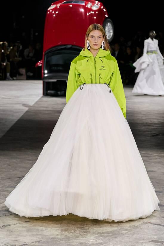 Fashionable womens jackets 2020 fall trends windbreakers