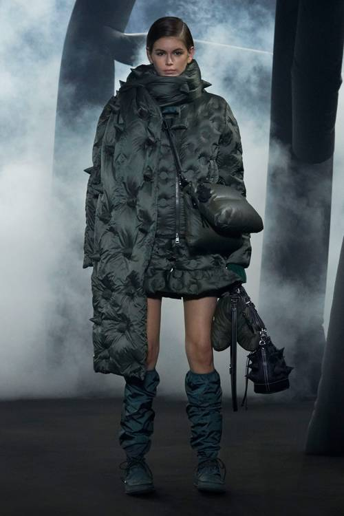fashionable warm jackets winter 2020 from down jackets 2020- trend quilted jackets