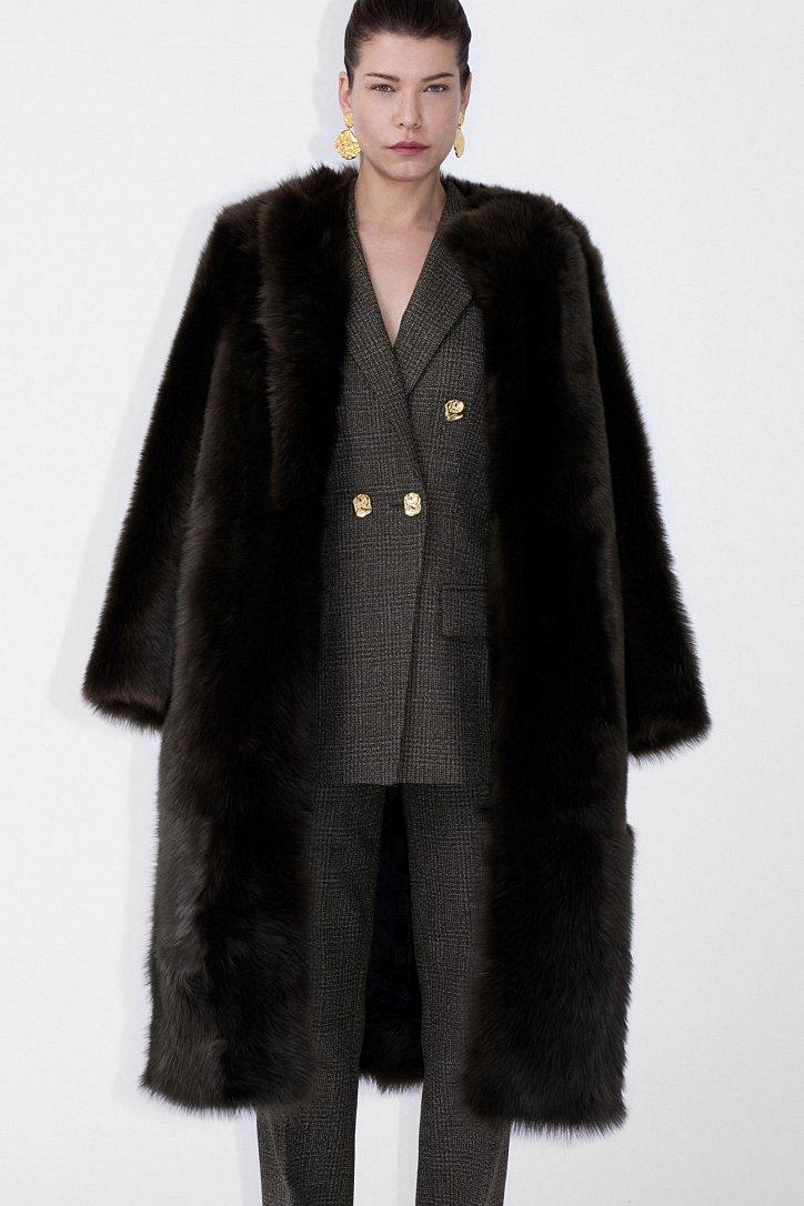 Fashionable fur coats 2021: main trends photo # 4