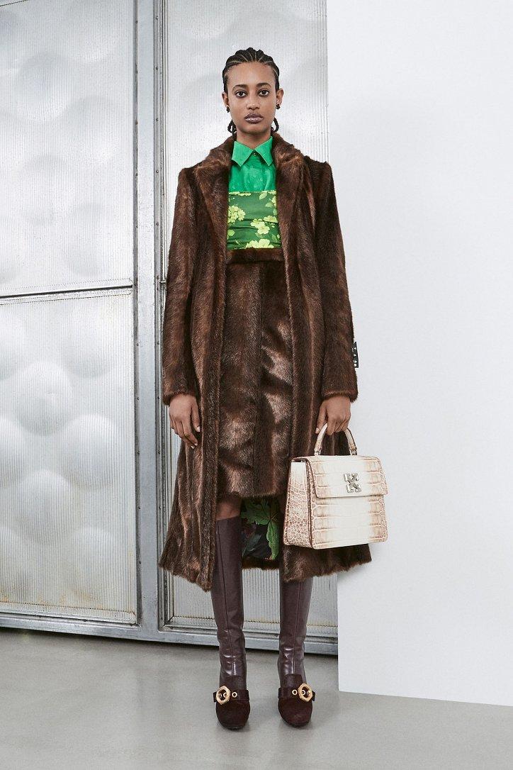 Fashionable fur coats 2021: main trends photo # 5