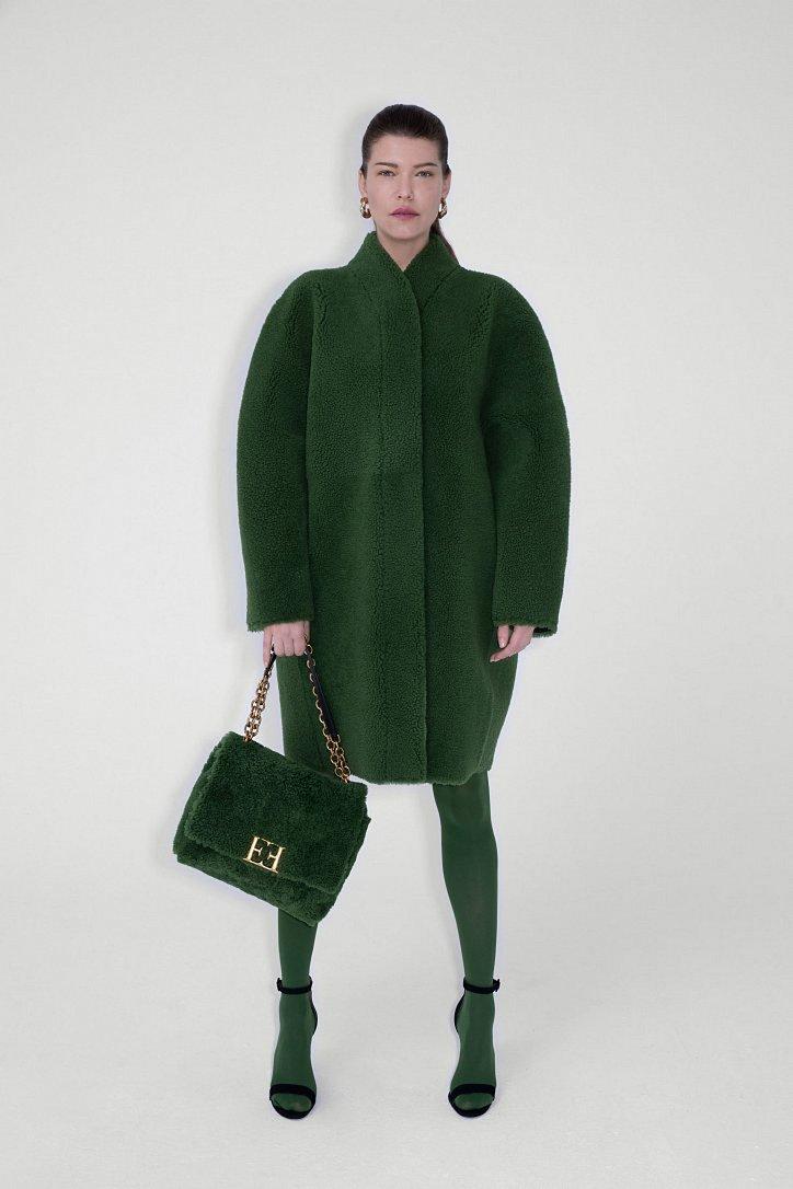 Fashionable fur coats 2021: main trends photo # 10