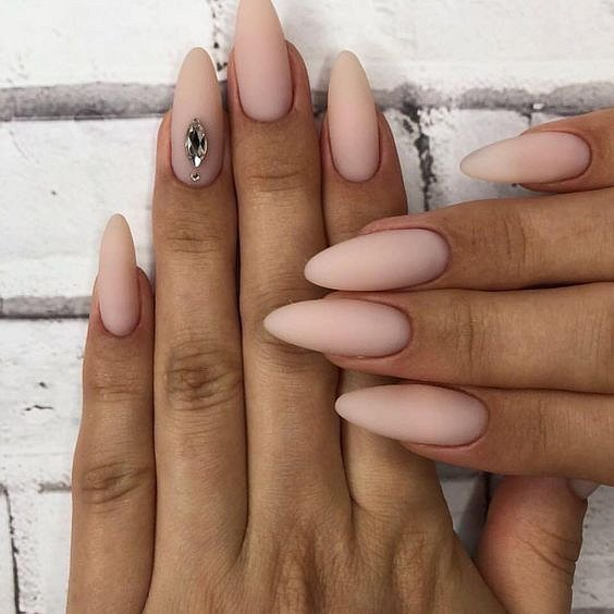 Nude manicure: 30 ideas for a note photo # 11