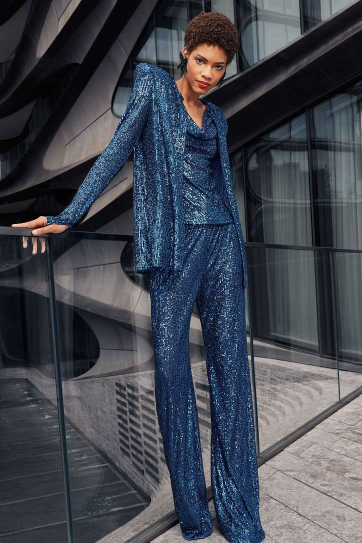 Women's trouser suits 2021 photo # 7