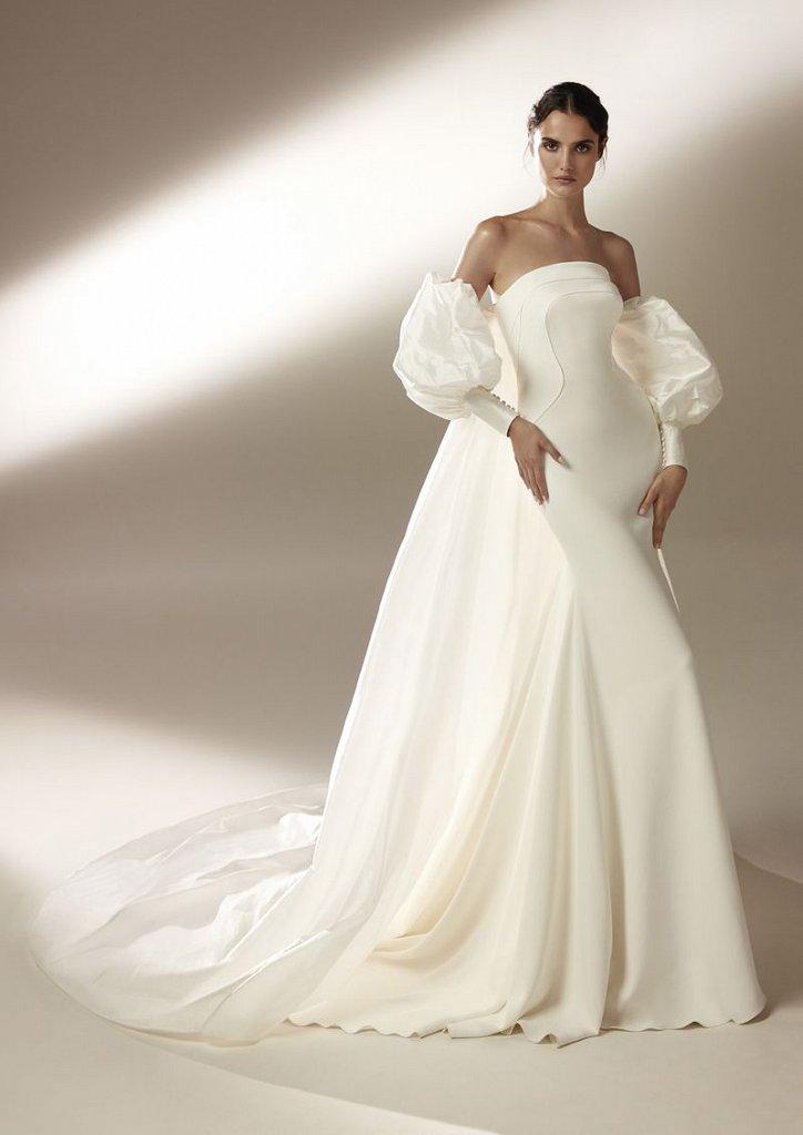 Collection of wedding dresses Atelier Pronovias 2021 photo # 10