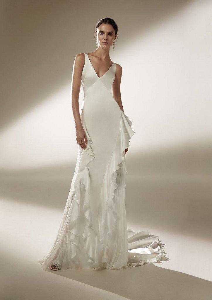 Atelier Pronovias wedding dresses collection 2021 photo # 8